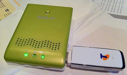 Aluratek portable router and Telstra NextG MF623 modem